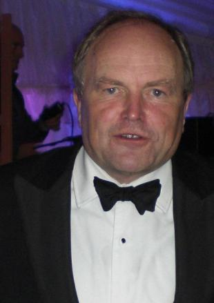 Picture of quotation author Clive Anderson