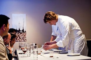 Picture of quotation author Grant Achatz