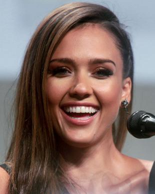 Picture of quotation author Jessica Alba