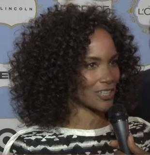 Picture of quotation author Mara Brock Akil
