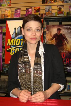 Picture of quotation author Amber Benson