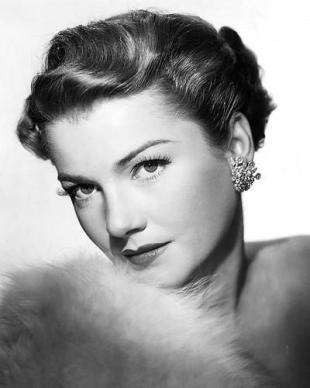 Picture of quotation author Anne Baxter