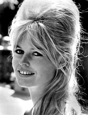 Picture of quotation author Brigitte Bardot