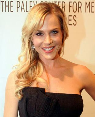 Picture of quotation author Julie Benz