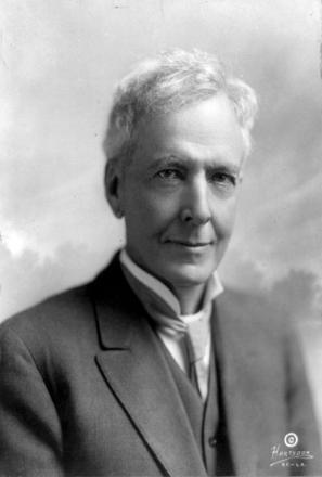 Picture of quotation author Luther Burbank