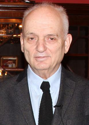 Picture of quotation author David Chase