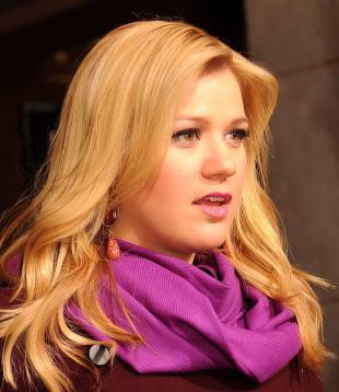 Picture of quotation author Kelly Clarkson