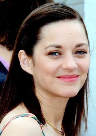Picture of quotation author Marion Cotillard