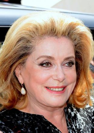 Picture of quotation author Catherine Deneuve