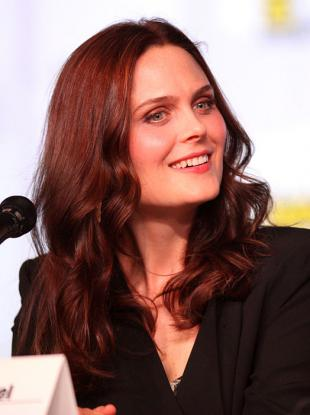 Picture of quotation author Emily Deschanel