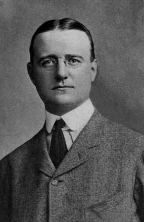 Picture of quotation author Finley Peter Dunne