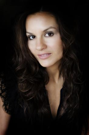 Picture of quotation author Kara DioGuardi