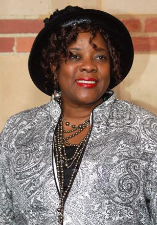 Picture of quotation author Loretta Devine