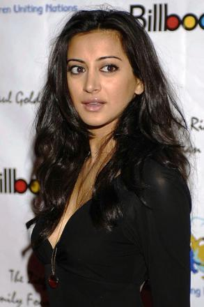 Picture of quotation author Noureen DeWulf