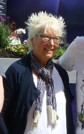 Picture of quotation author Jenny Eclair