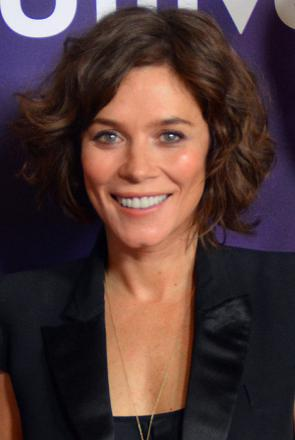 Picture of quotation author Anna Friel