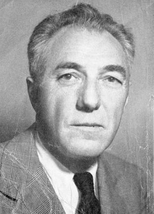 Picture of quotation author Ford Frick
