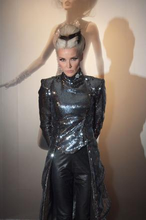 Picture of quotation author Daphne Guinness