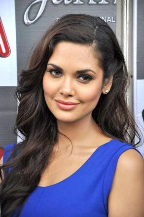Picture of quotation author Esha Gupta