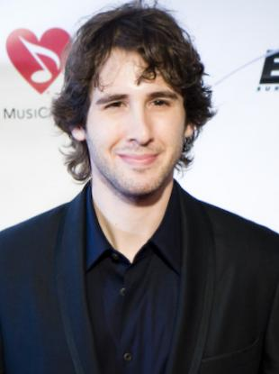 Picture of quotation author Josh Groban