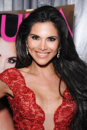 Picture of quotation author Joyce Giraud