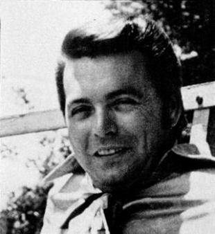 Picture of quotation author Mickey Gilley