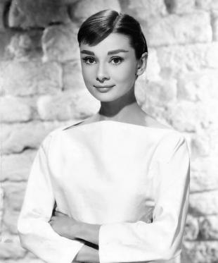 Picture of quotation author Audrey Hepburn
