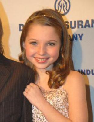 Picture of quotation author Sammi Hanratty