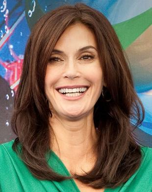 Picture of quotation author Teri Hatcher