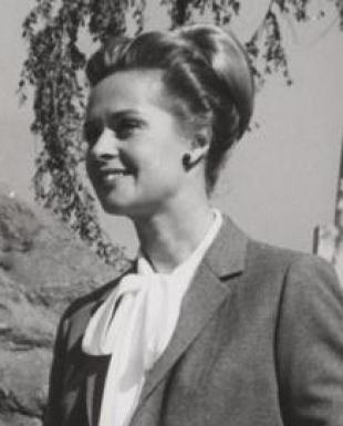 Picture of quotation author Tippi Hedren