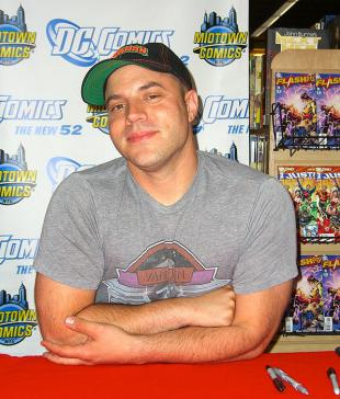 Picture of quotation author Geoff Johns