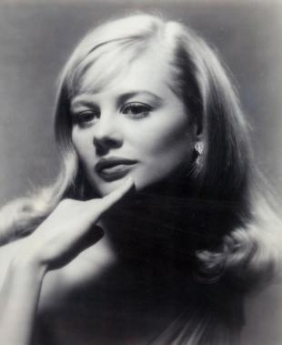 Picture of quotation author Shirley Knight