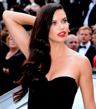 Picture of quotation author Adriana Lima