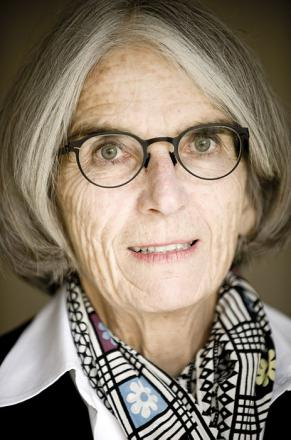 Picture of quotation author Donna Leon