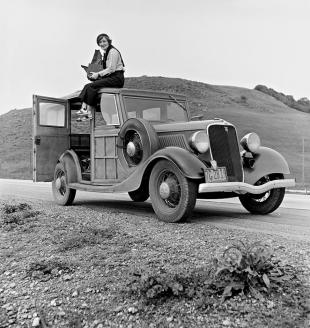 Picture of quotation author Dorothea Lange