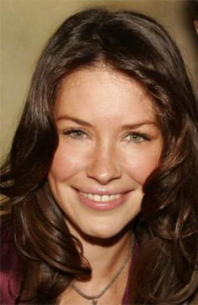 Picture of quotation author Evangeline Lilly