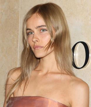 Picture of quotation author Isabel Lucas