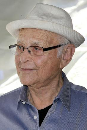 Picture of quotation author Norman Lear