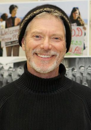 Picture of quotation author Stephen Lang
