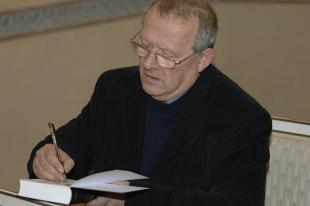 Picture of quotation author Adam Michnik