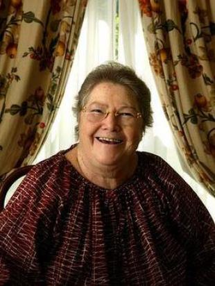 Picture of quotation author Colleen McCullough