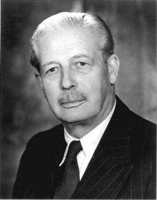 Picture of quotation author Harold MacMillan