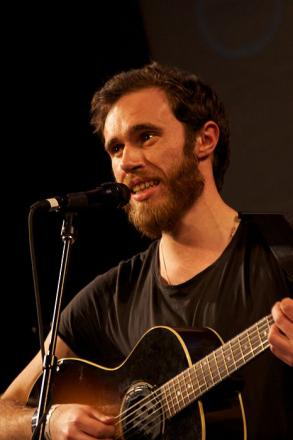 Picture of quotation author James Vincent McMorrow