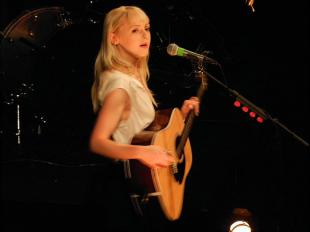 Picture of quotation author Laura Marling