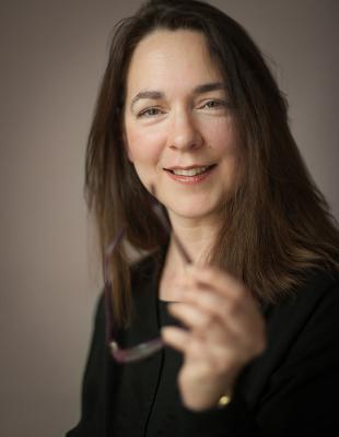 Picture of quotation author Lorrie Moore