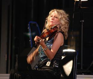 Picture of quotation author Natalie MacMaster