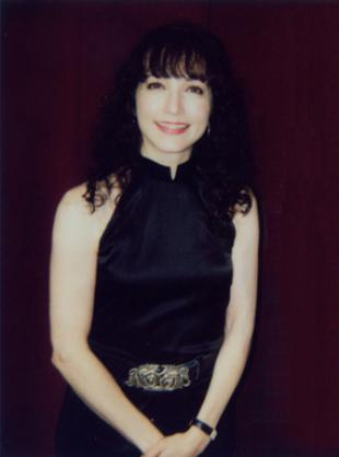 Picture of quotation author Bebe Neuwirth