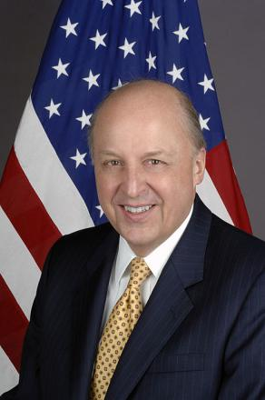 Picture of quotation author John Negroponte