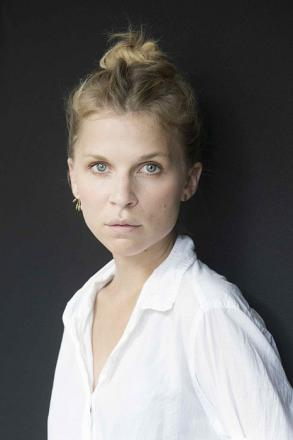 Picture of quotation author Clemence Poesy