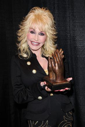 Picture of quotation author Dolly Parton
